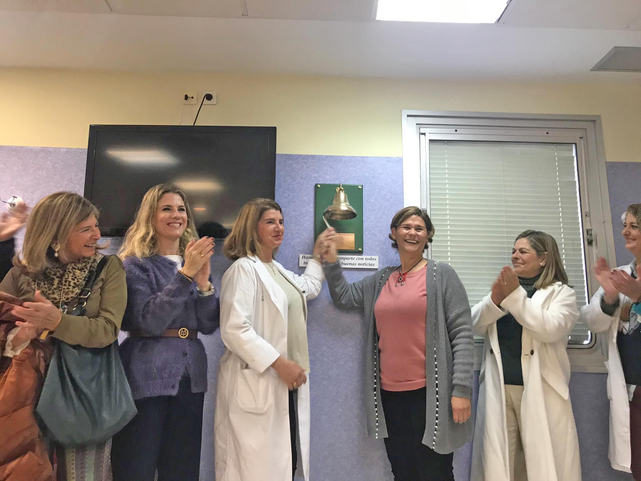 El Hospital de Jerez incorpora su 'Campana de los Sueños' para celebrar el final de tratamientos en Oncología