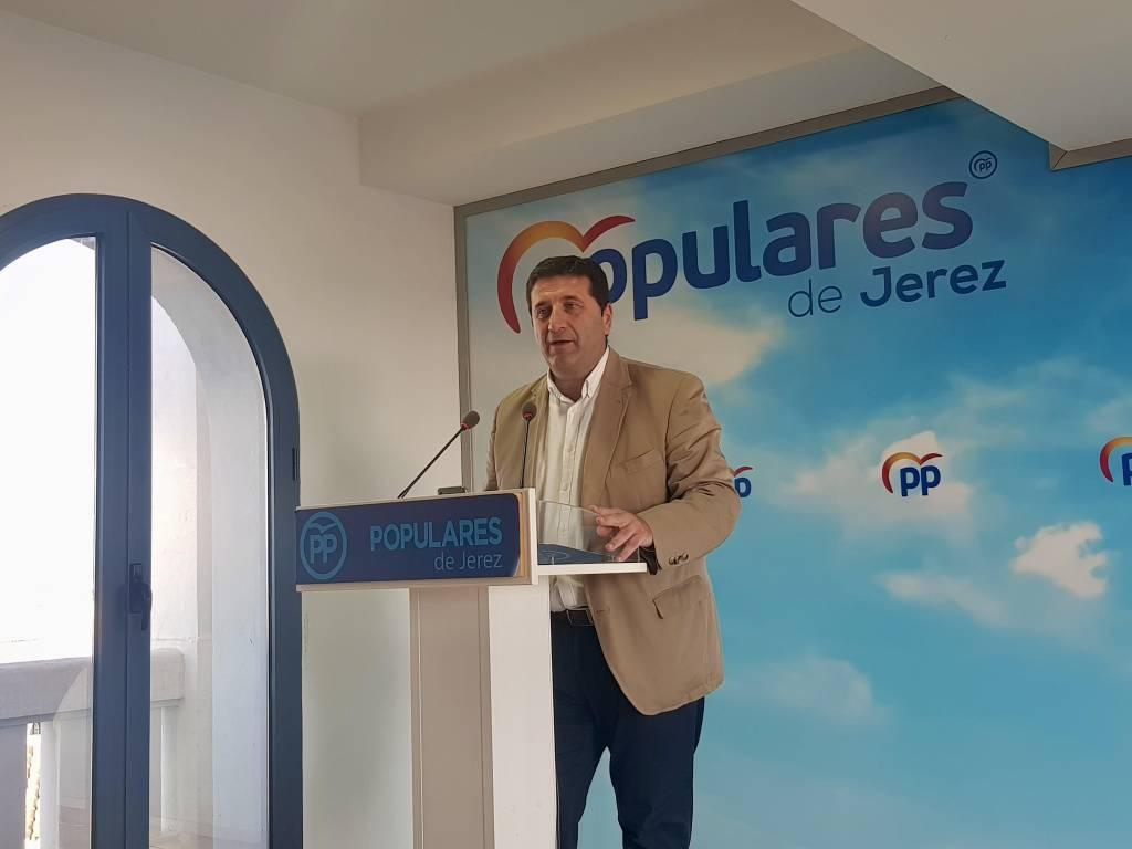 Ignacio Martínez (PP): ''Los gobiernos del PSOE traen más paro a Jerez''