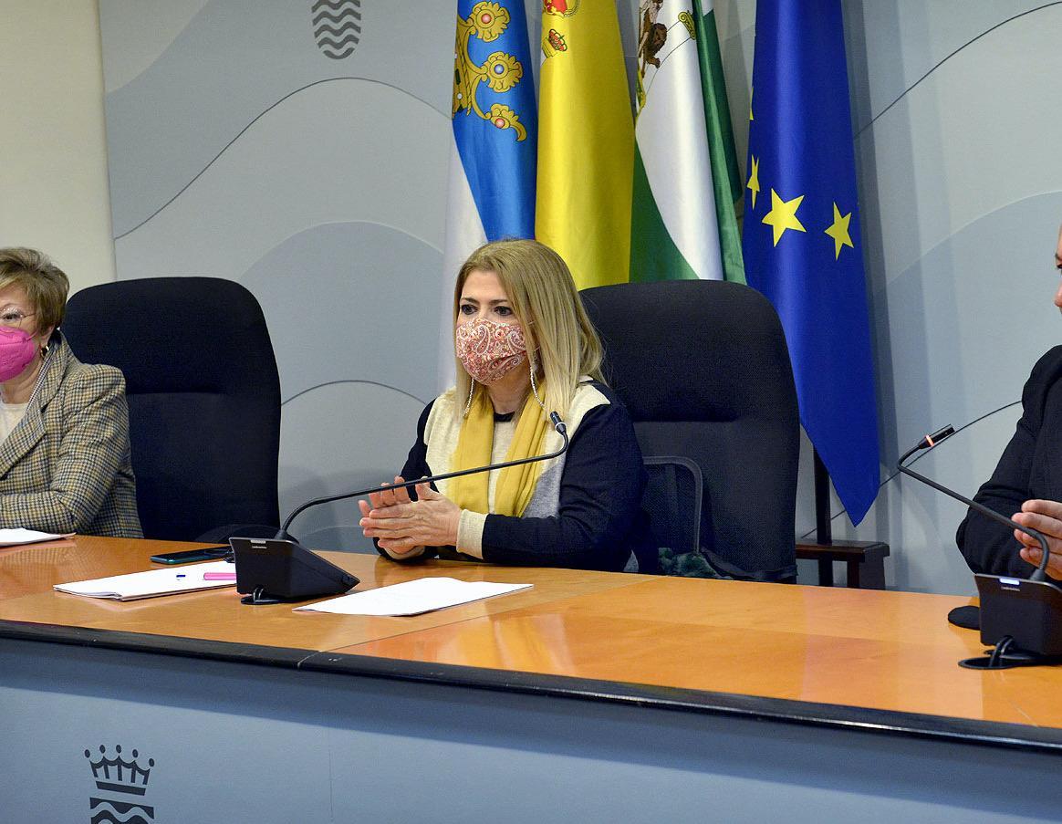 El PP denuncia en los tribunales la externalización de servicios jurídicos del Ayuntamiento de Mamen Sánchez