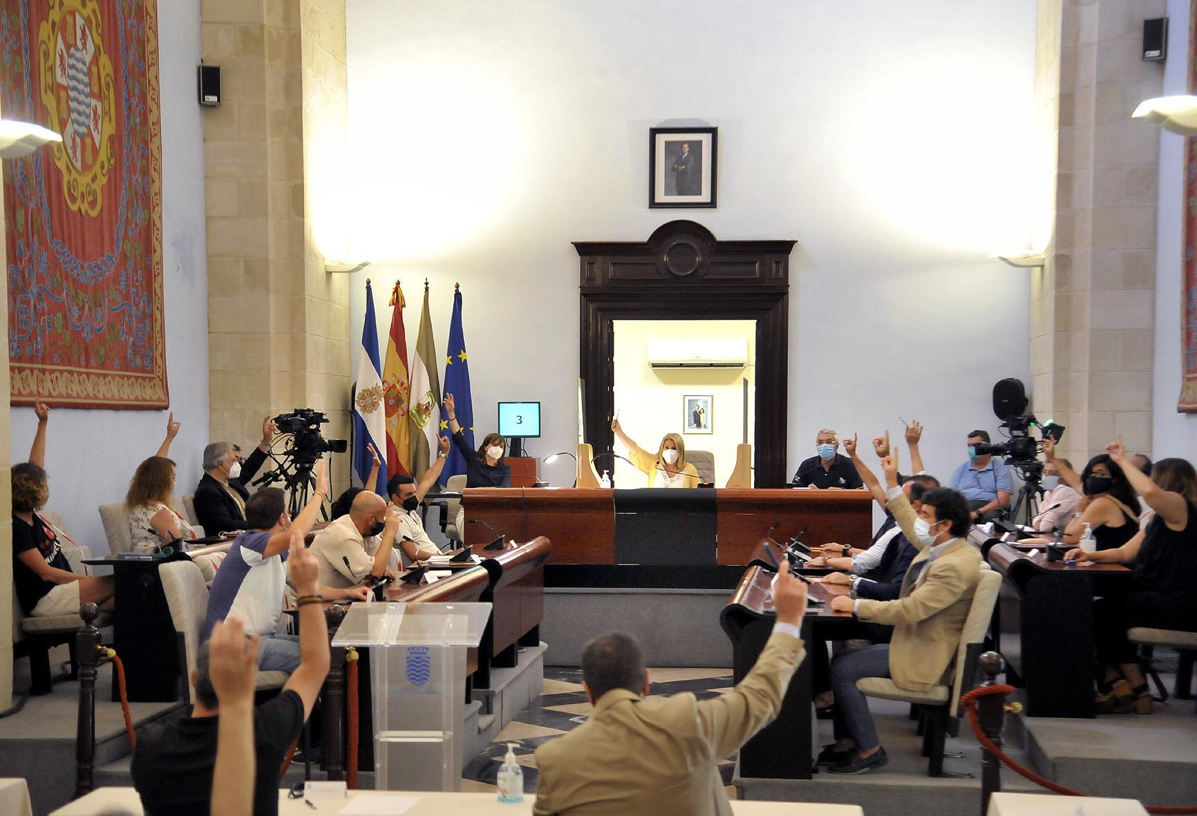 Unanimidad en el Pleno local para reagrupar la deuda del Ayuntamiento de Jerez