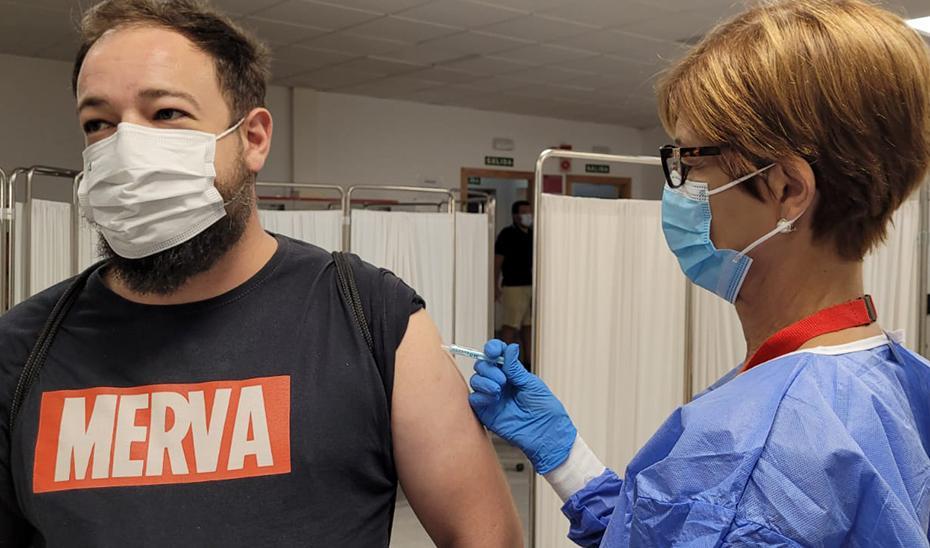 Andalucía baja hasta los 23 años la posibilidad de solicitar cita para vacunarse contra el COVID-19