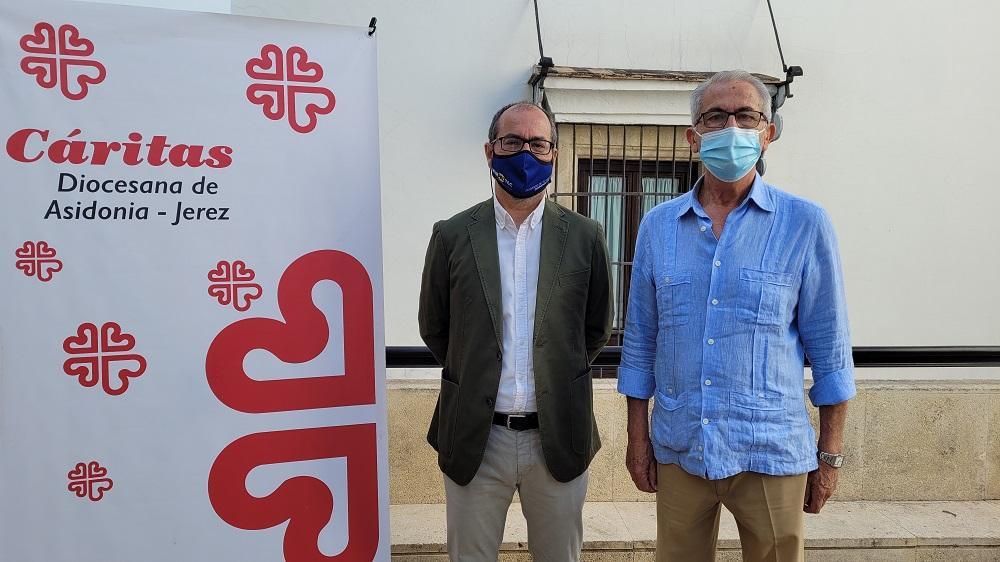 Cáritas Jerez y Murprotec coordinan una nueva intervención para ayudar a una familia desfavorecida y con problemas respiratorios