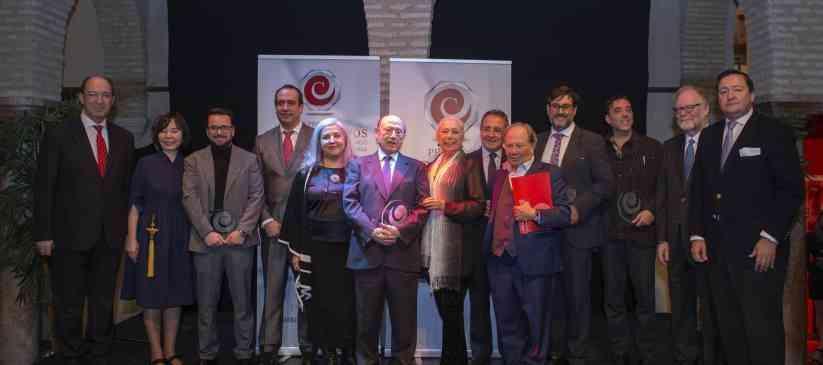 Fosforito recibe el reconocimiento de los Premios 'Cristina Hoyos' de cooperación del flamenco