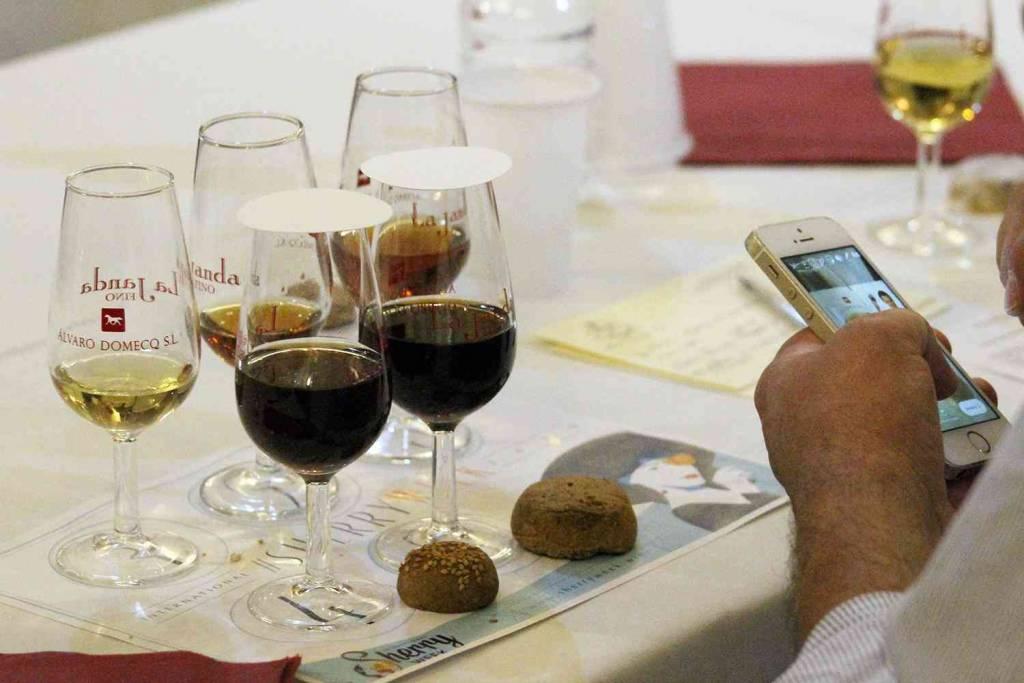 ¿Es posible maridar los polvorones de Estepa con el vino de Jerez?