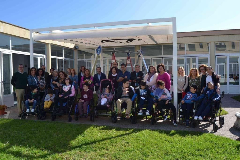 Donación a Upace, de la Hermandad del Rocío de Jerez