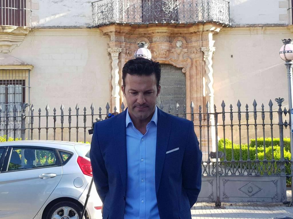 Carlos Pérez (Cs) llora la dimisión de Albert Rivera