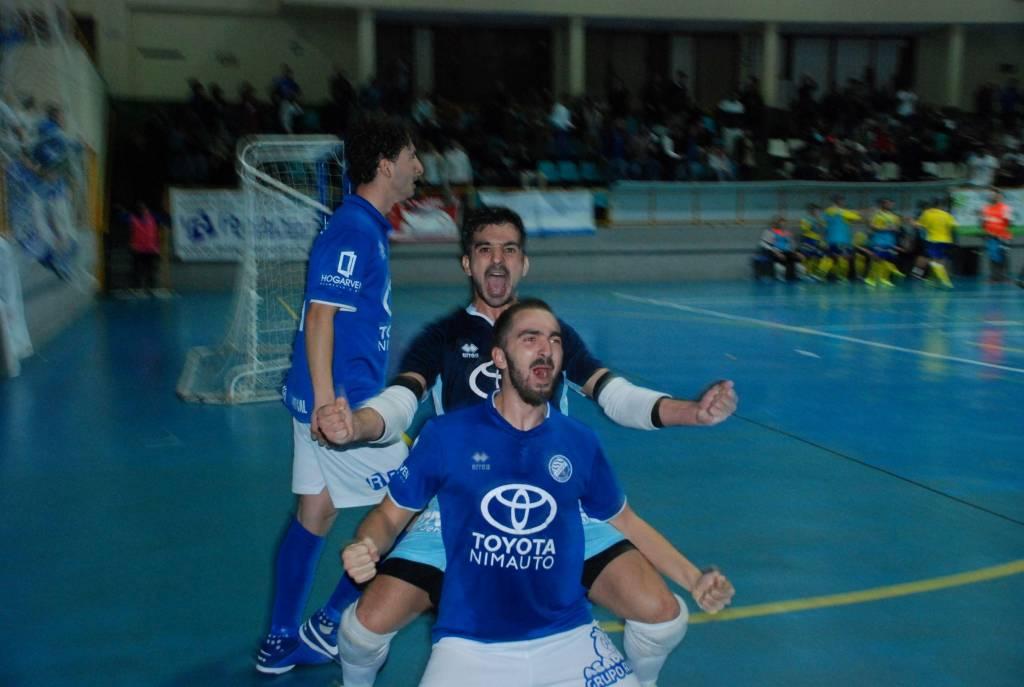 Xerez DFC Toyota Nimauto 5-2 Cádiz CF Virgili: Unos guerreros colosales llevados en volandas