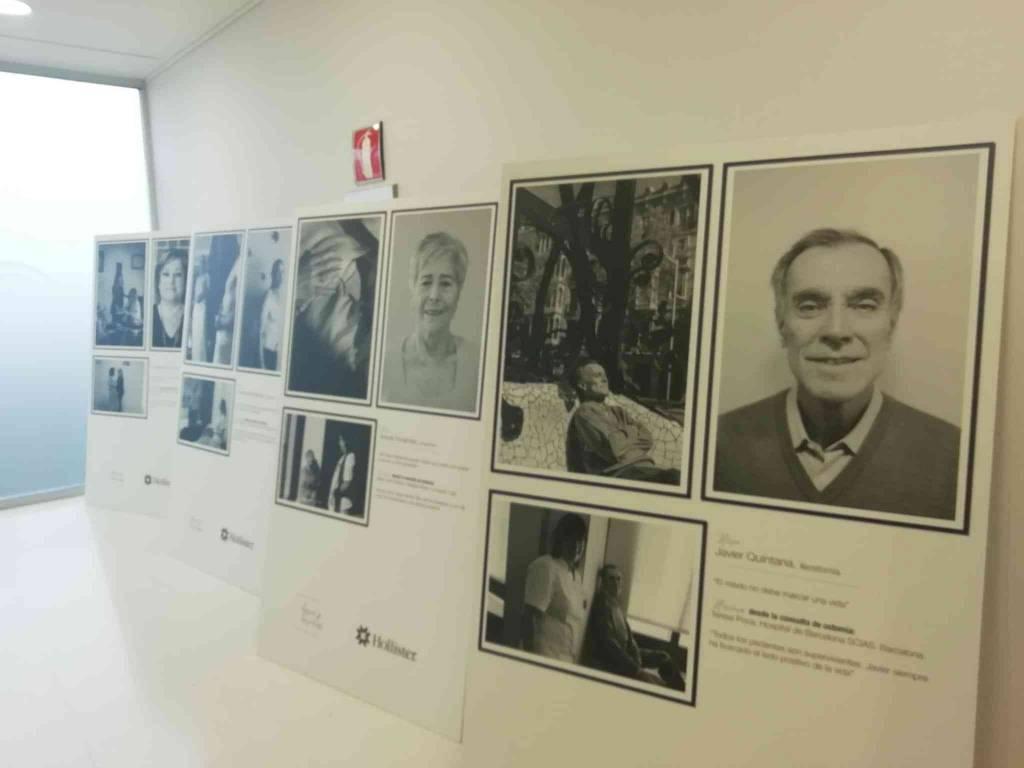 El Hospital de Jerez acoge la muestra 'Héroes y Heroínas' para visibilizar a los pacientes con ostomía