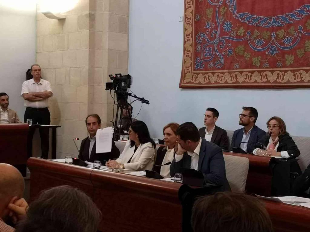 El PSOE de Mamen Sánchez mantiene su discriminación al grupo municipal del Partido Popular