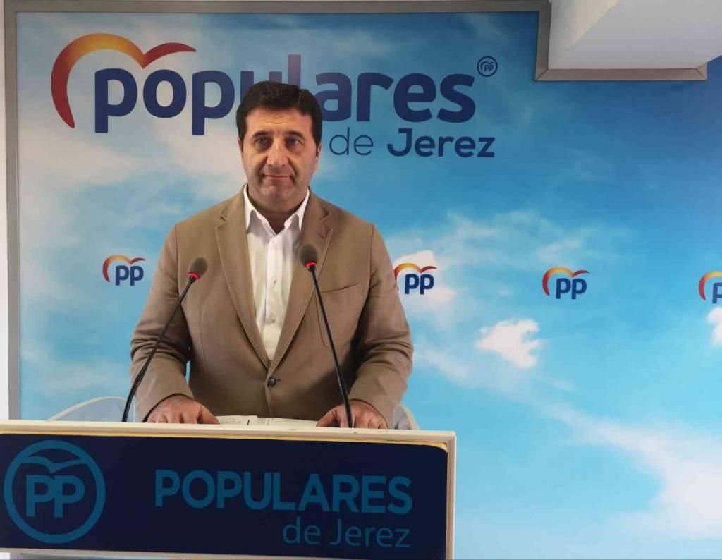 Ignacio Martínez (PP): ''Mamen Sánchez ha provocado con su inacción las brechas de seguridad que padecemos en el Ayuntamiento''