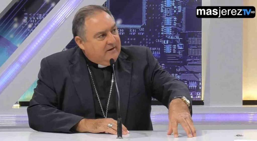 Cofrademanía: ''No se puede pisotear a las cofradías, yendo a los medios y haciendo política cofrade''