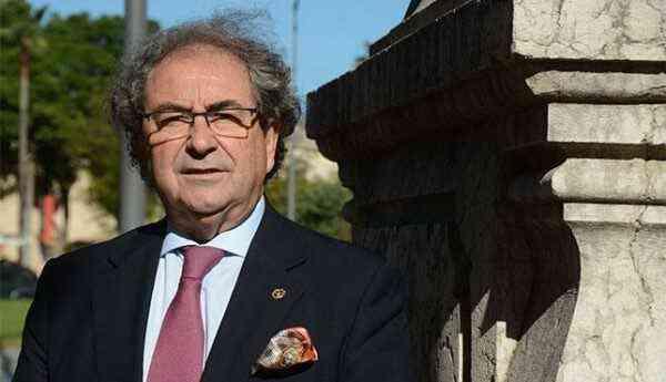 El hermano mayor de la Macarena estará en el IX Encuentro de Costaleros