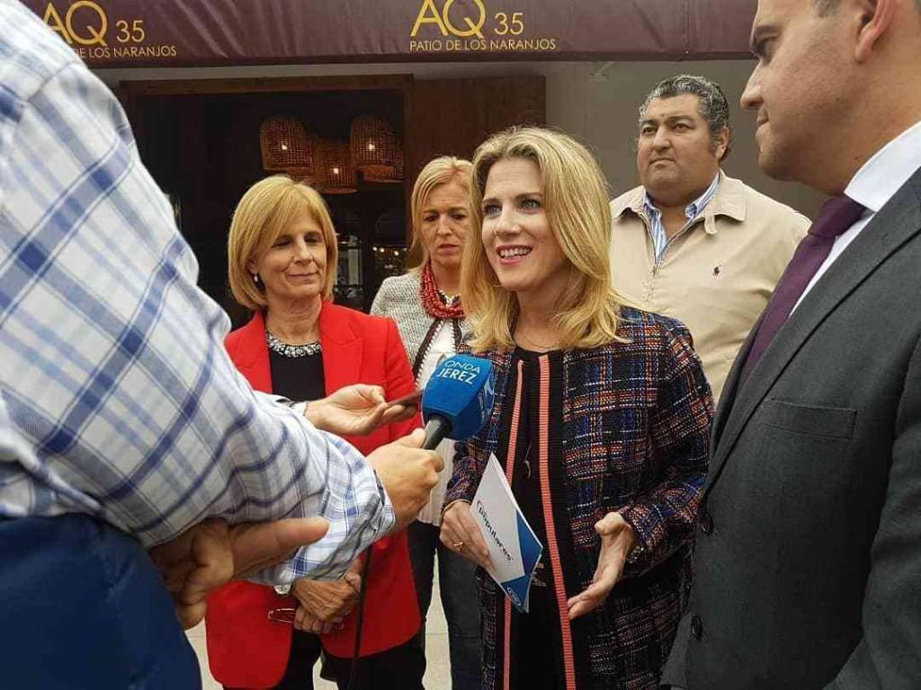 El PP se reúne en Jerez con representantes del sector taurino y les traslada su ''compromiso'' con la fiesta