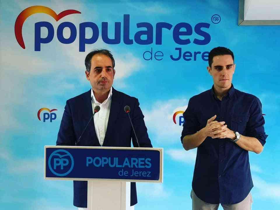 ''Es un error que se empeñen en poner el Museo de Lola Flores en la Nave del Aceite''