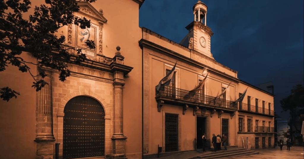 El Ayuntamiento de Mamen Sánchez presenta a la Junta el proyecto de 'Iluminación Singular' con numerosas deficiencias