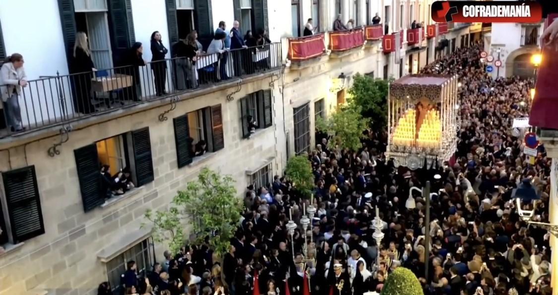 TV: La petalada a la Virgen del Valle en 2019