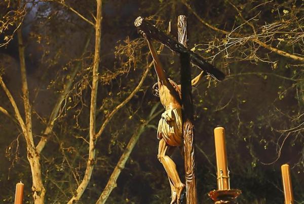 Cabildo en la Buena Muerte para conocer el estado del crucificado