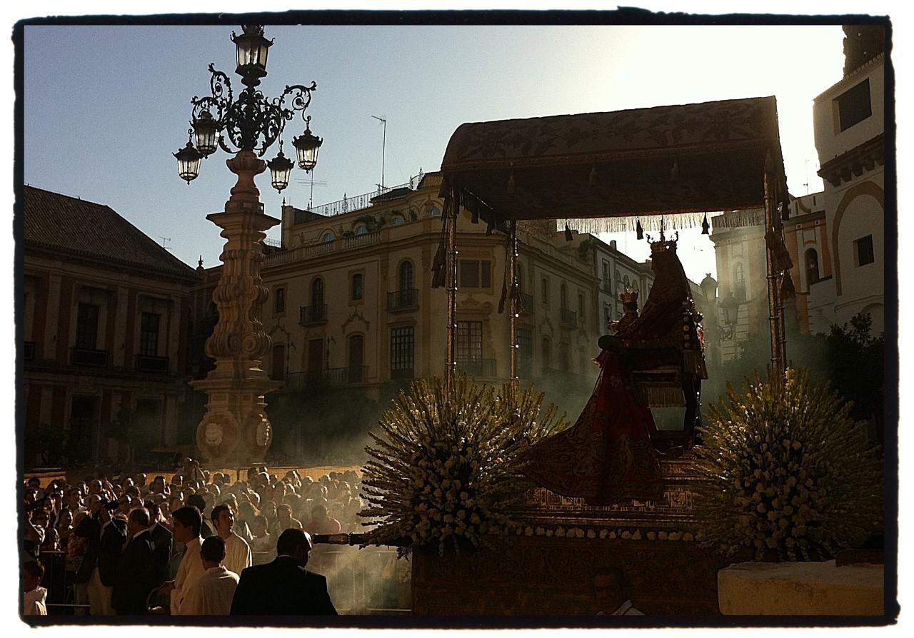 Sevilla prepara una procesión extraordinaria de la Virgen de los Reyes