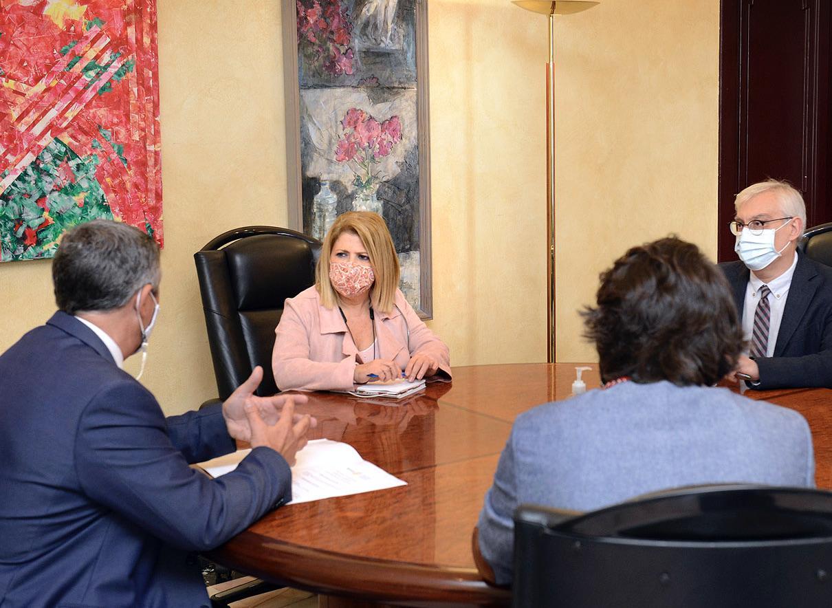 El PSOE de Mamen Sánchez aumenta a más de 55 millones las facturas guardadas en el cajón
