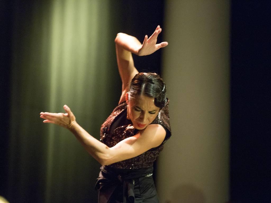 Ana Morales propone en 'Lo Indefinido' un mundo lleno de emociones