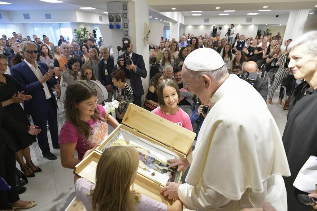 Otra visita sorpresa del Papa
