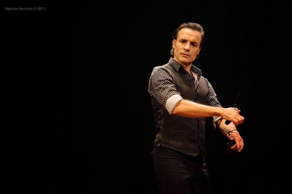 Un bailaor argentino, primer graduado del Máster de Flamenco que se imparte en Jerez