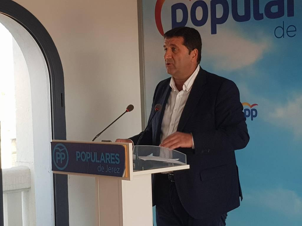 Ignacio Martínez (PP): ''Mamen Sánchez sólo ha contratado a 16 personas de las 551 del Plan de Empleo''