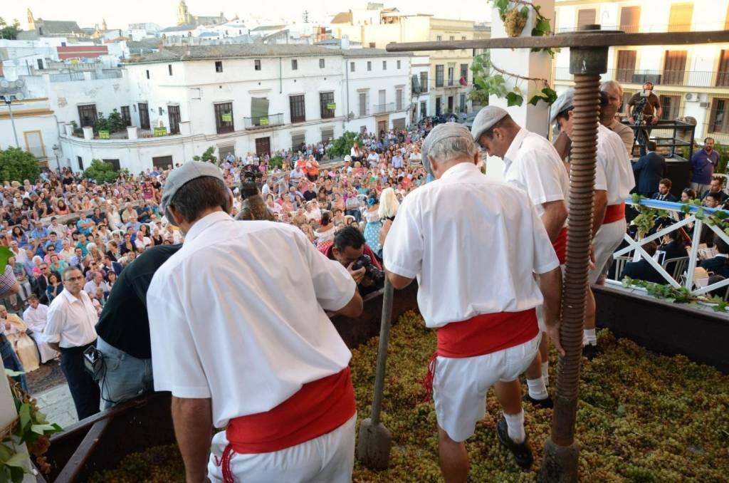 Las Fiestas de la Vendimia, un evento internacional sin página web en inglés