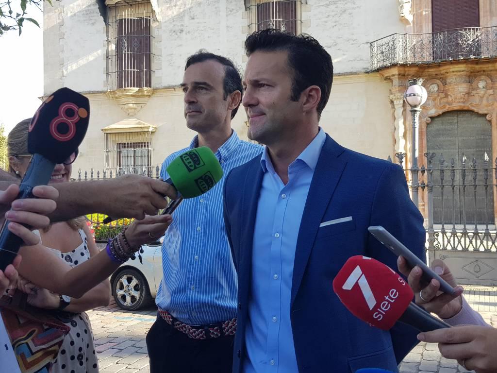 Ciudadanos teme que la subida de aranceles de Trump pueda afectar al vino de Jerez