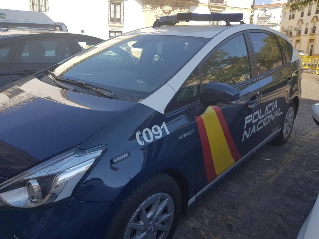 Detenidos los presuntos autores de tres robos con violencia en comercios de Jerez