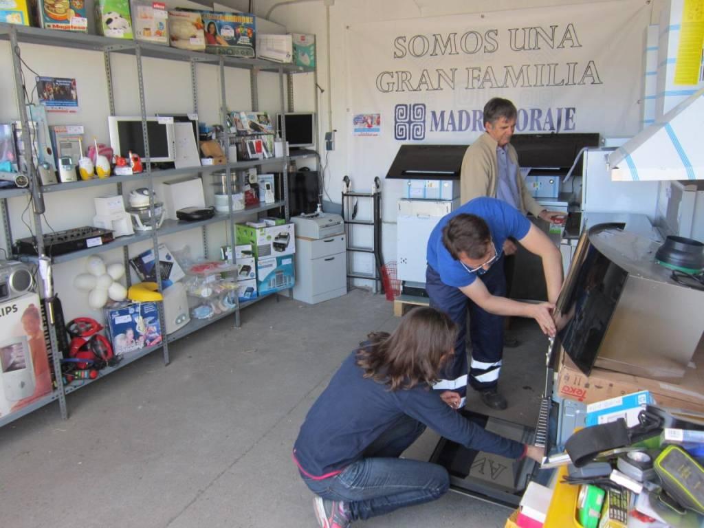 Madre Coraje reactiva en Jerez su campaña 'No hay excusas' en busca voluntarios