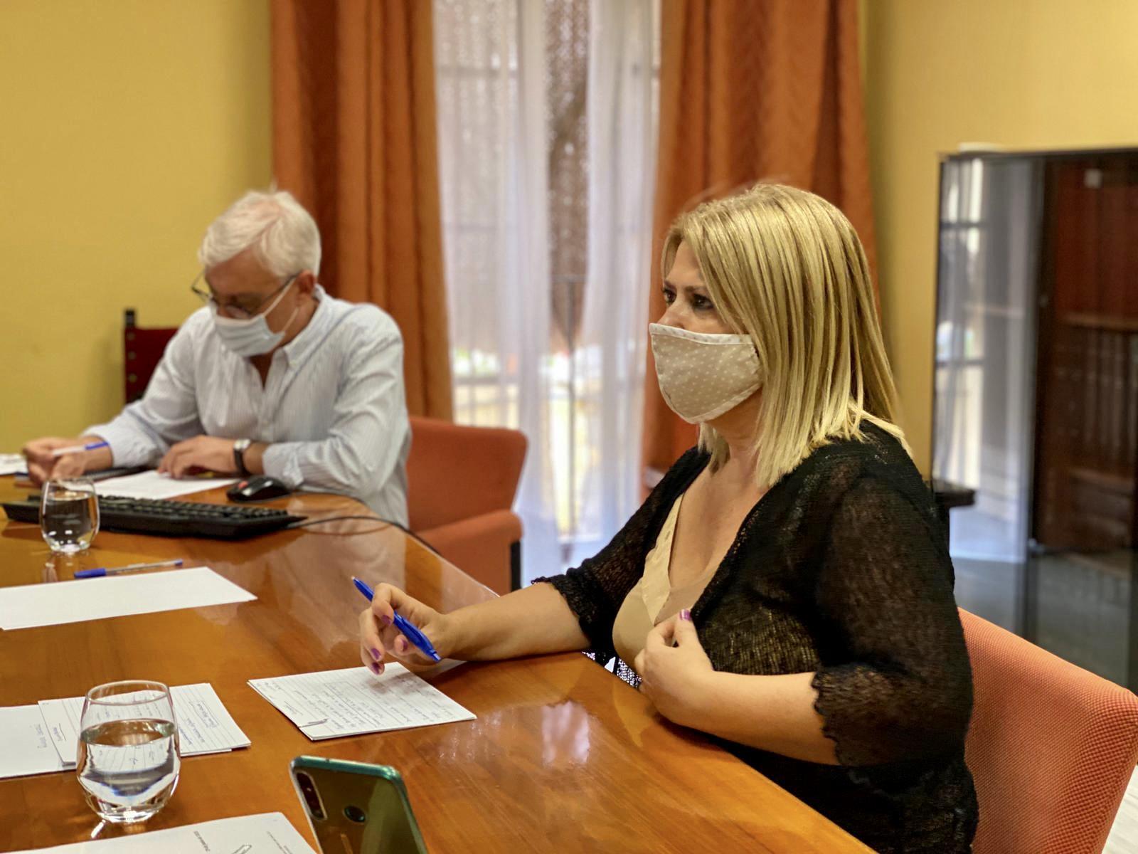 Mamen Sánchez no garantiza la salud de la plantilla ni de los usuarios de dependencias municipales