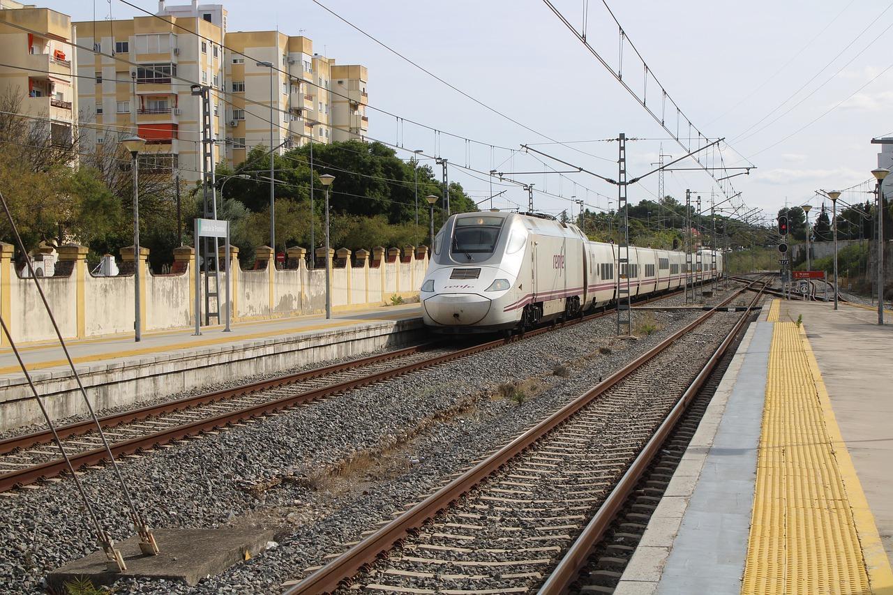 Renfe recupera la oferta habitual del Alvia Cádiz-Madrid a partir del 18 de octubre