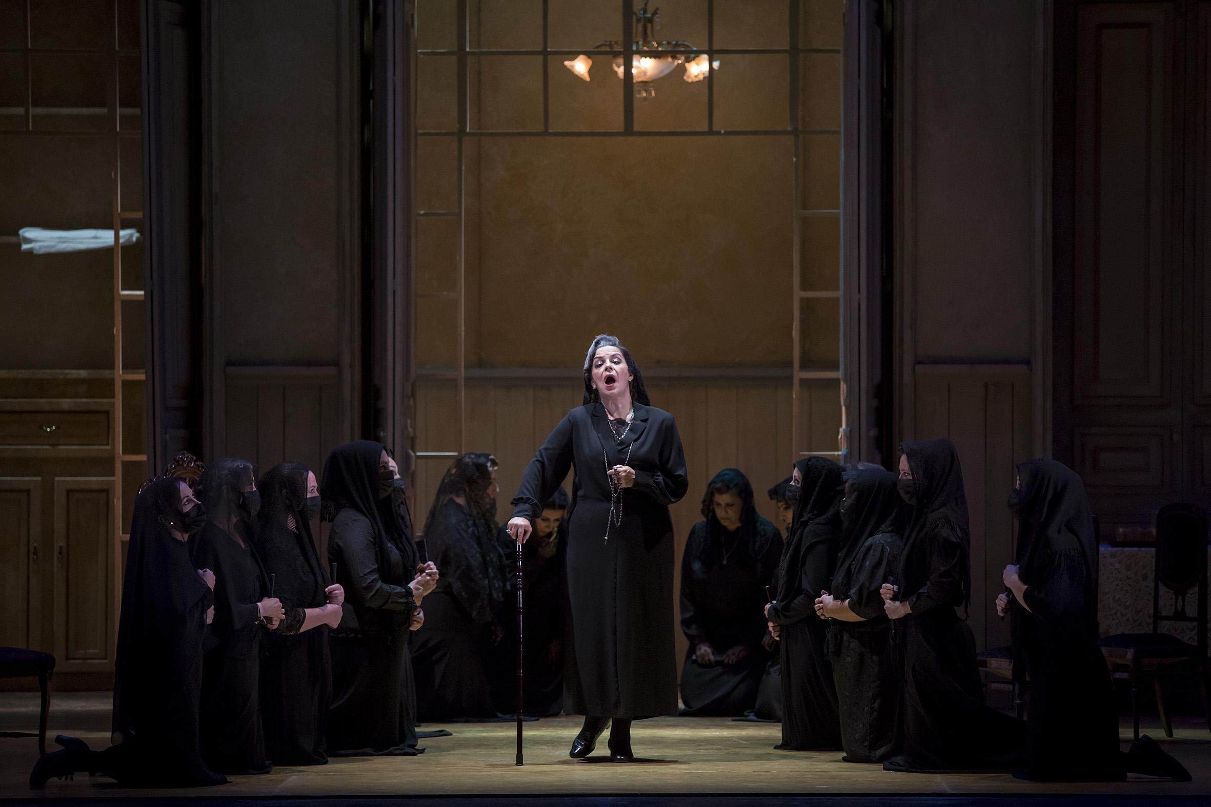 La ópera 'La casa de Bernarda Alba' abre la temporada del 25 aniversario del Villamarta