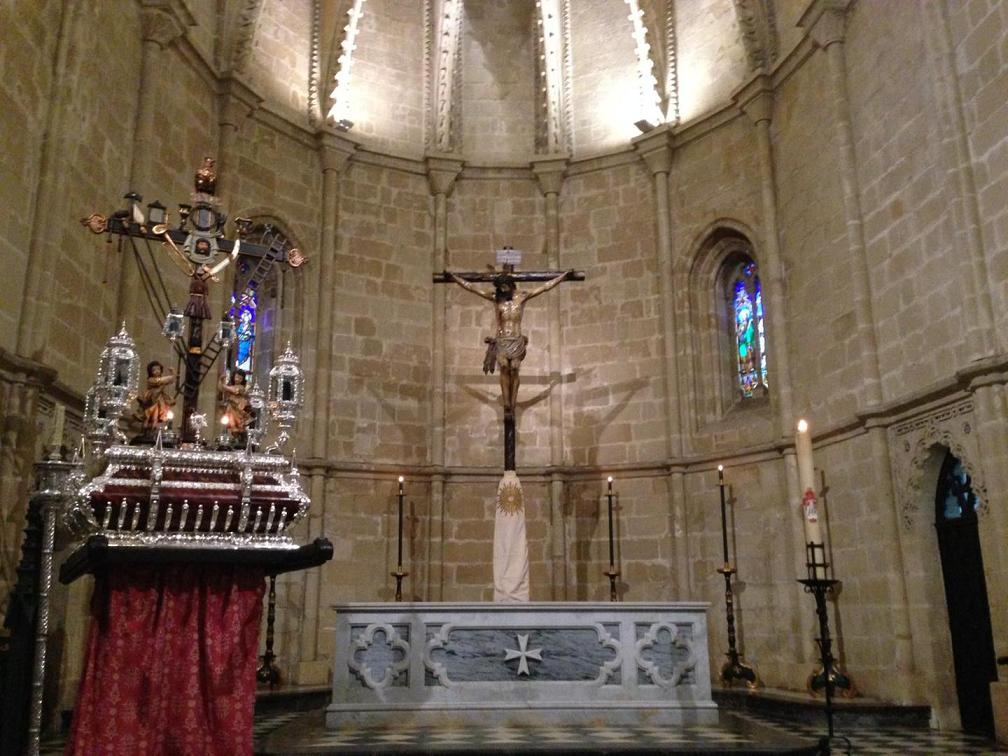 El 14 de septiembre, procesión del Lignum Crucis de San Juan de los Caballeros
