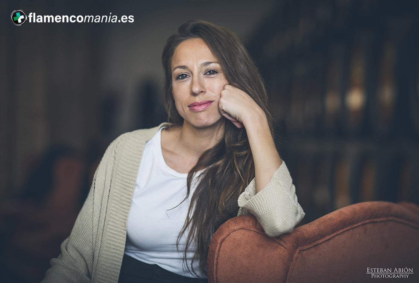 Vanesa Aibar presenta 'Ella, el origen' en Sevilla